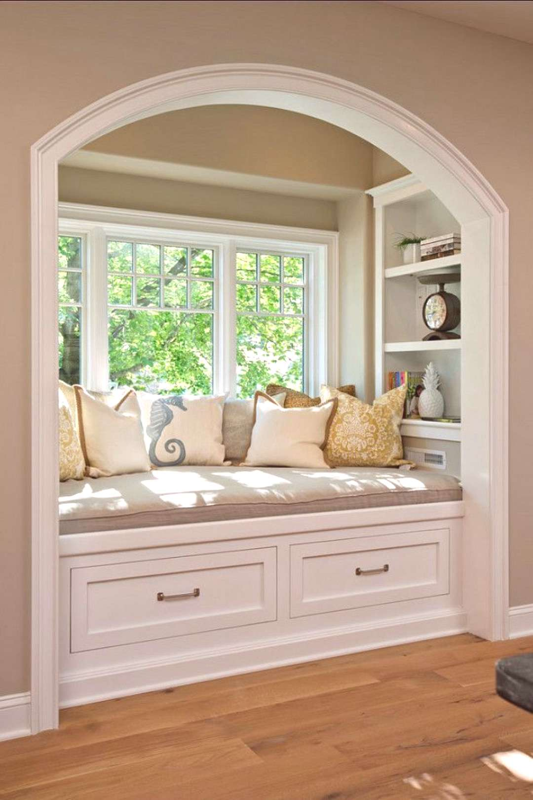 32 Cozy Nooks to Curl Up with a Book • Unique Interior Styles