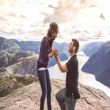 Christopher proposed on top of a mountain in Norway! Unforgettable xoxo